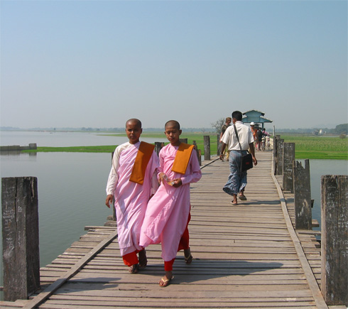 The U Bein Bridge, in Amarapura, Myanmar, is the world's longest teak bridge.
